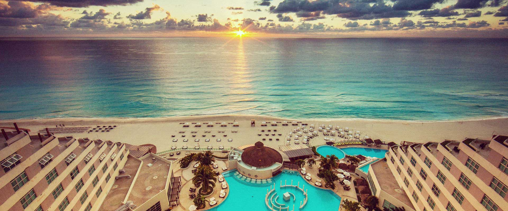 Me cancun resort for Getaway deals near me