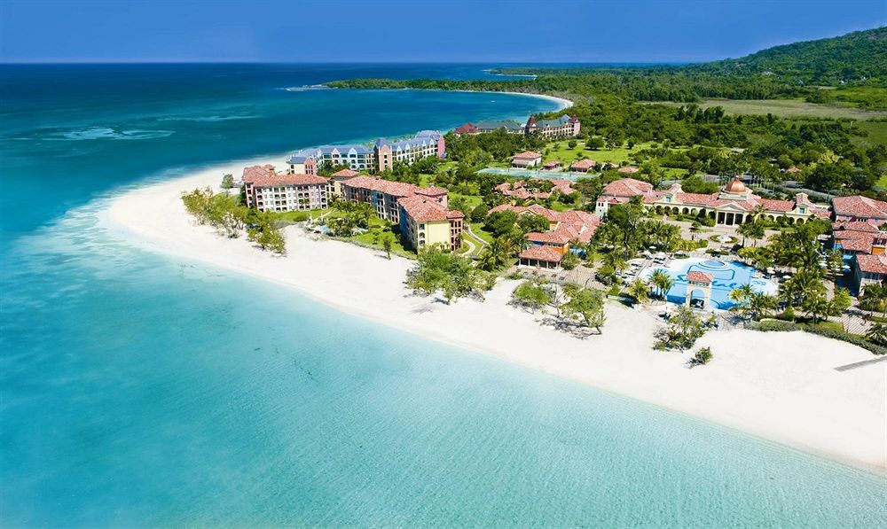 Sandals whitehouse european village and spa whitehouse for Best spa vacation packages